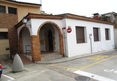 L'Ajuntament preveu reformar i rehabilitar aquest any l'edifici municipal que acull Correus a Moja