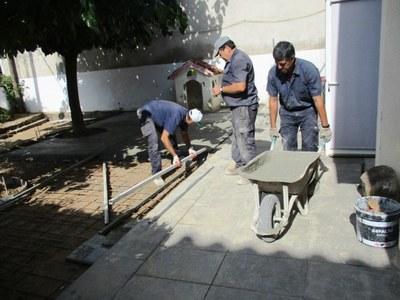 L'Ajuntament realitza obres de millora als patis de l'escola bressol Gotims de Moja
