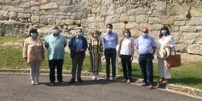 L'Ajuntament trasllada a la consellera de cultura la necessitat de millorar accessibilitat i serveis al Conjunt Monumental