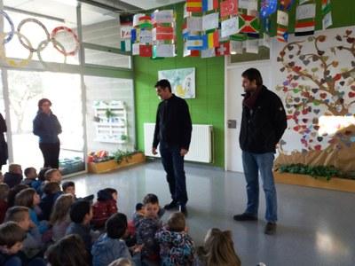 L'alcalde d'Olèrdola agraeix el compromís solidari de l'escola Rossend Montané