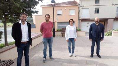 D'esquerra a dreta: Alquézar, Ramírez, Mancera i Pagès, després de la reunió mantinguda al Centre Cívic La Xarxa, seu provisional de l'Ajuntament d'Olèrdola