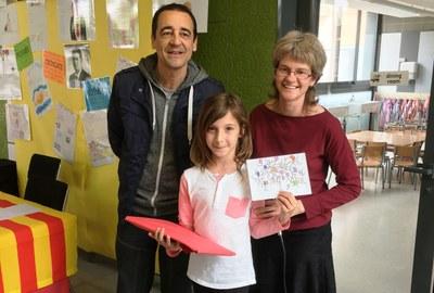 Nayra Roman guanya el concurs per triar el logotip de la biblioteca de l'escola Rossend Montané