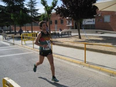 Jordi Gómez, en el moment de creuar la línea d'arribada