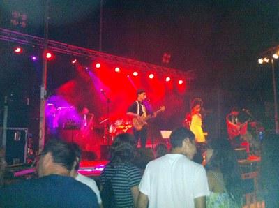 """""""Los Pachucos"""" en plena actuació a Sant Pere"""