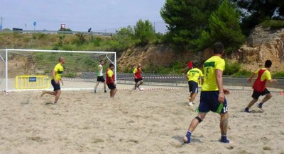 """L'equip Axis-""""Frenhaybache"""" guanya el 1r """"Penedès Beach"""""""