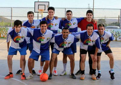 L'equip dels Crotone guanya el torneig de futbol sala de Sant Pere Molanta