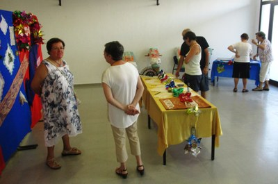 L'Escola de Puntaires ha mostrat el seu treball en l'exposició bianual de la Festa Major de Moja