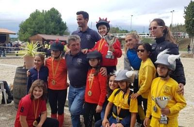 """L'Escola Pony Club de Sant Miquel ha acollit el campionat de Catalunya de """"Pony games"""" per equips"""