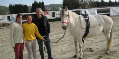 L'Escola Pony Club Granja de La Serreta oferirà un servei de rehabilitació eqüestre