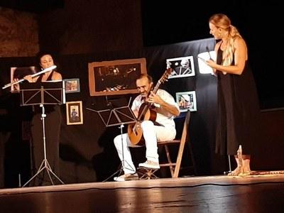 """L'estrena de l'espectacle """"Un viatge musical llatinoamericà"""" captiva al Local Nou"""