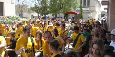 La 12a Timbarada de Moja ha reunit aquest dissabte a representants de 12 colles de diables de la comarca