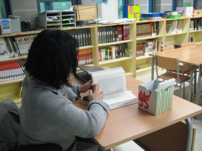 La biblioteca obre les tardes de dilluns, de 4 a 6