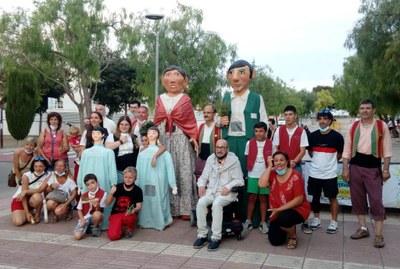 La celebració del 20è aniversari dels Gegantons i l'homenatge a Antoni Duque marquen l'actuació dels balls populars durant la Festa Major