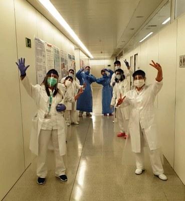 Un primer lliurament de mascaretes es va fer arribar a l'Hospital Sant Joan de Reus, a través de la doctora Meritxell Arenas