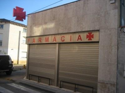 La farmàcia d'Olèrdola s'ha afegit a la protesta i ha tancat aquest dijous