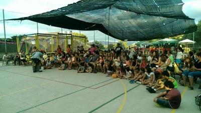 La Festa Major de Can Trabal supera la pluja i aconsegueix reunir a veïns de totes les edats