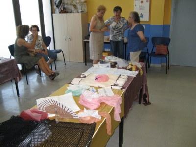 La Festa Major de Moja ha acollit la 9a exposició de puntes de coixí de les puntaires d'Olèrdola