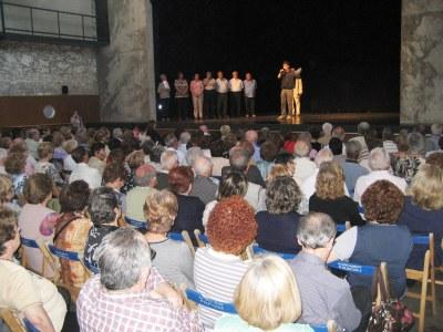 El Local Nou, durant la intervenció de l'alcalde, Josep Tort
