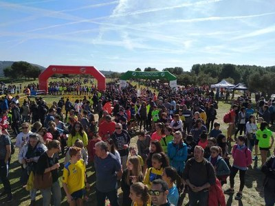 La Muntanyeta captiva als participants i assistents de les finals de cros escolar de Catalunya