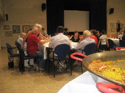 La paella popular de la Festa de Sant Miquel reuneix a 130 persones