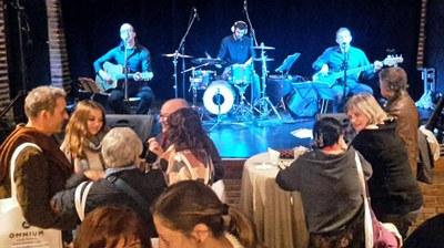 La Societat de Sant Pere organitza per aquest divendres una Festa de Sant Jordi amb sopar i concert