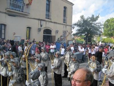 Moment de l'inici de la Cercavila, amb la sortida de Sant Miquel de l'ajuntament