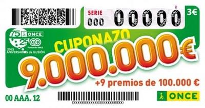 """La venedora de l'ONCE que ven al Carrefour ha repartit 9'4 milions d'euros del """"Cuponazo"""""""