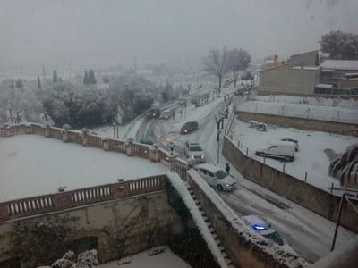 Imatge de l'accés a Moja des de Vilafranca, a dos quarts de 9 del matí