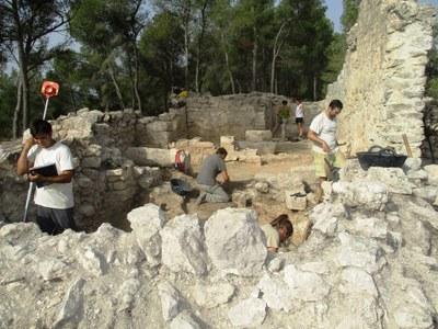 Es posa al descobert l'originalitat de l'església del Pla dels Albats dins del romànic català