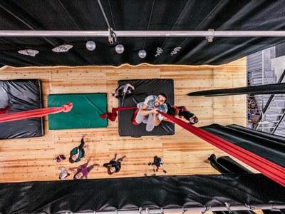 """L'espai de dansa i creació """"Banjara Studio"""" preveu seguir organitzant a Olèrdola tallers de circ i de dansa com el que va oferir aquest Nadal"""