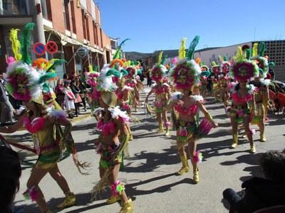Els entrebancs mecànics no han impedit que el grup de Carnaval de Moja hagi estat dels més lluïts