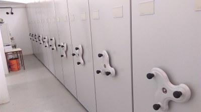 Nou sistema d'armaris compactes a l'arxiu municipal situat al Centre Cívic La Xarxa