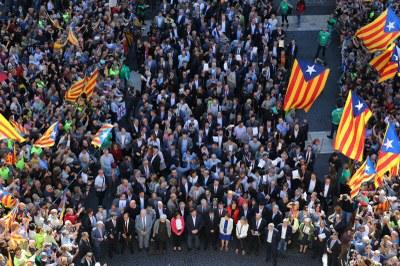 Olèrdola rebutja la persecució judicial i participa en l'acte de suport al referèndum