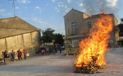 Olèrdola tornava a acollir la Flama del Canigó enmig d'un ambient lúdic i de reivindicació nacional