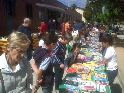 Parada de llibres a l'escola Circell