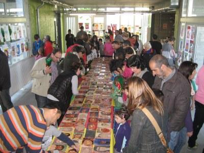 Original celebració de Sant Jordi a l'escola Rossend Montané de Sant Pere Molanta