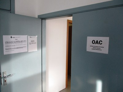 Per a tràmits presencials imprescindibles l'Oficina d'Atenció Ciutadana de l'Ajuntament atendrà presencialment amb cita prèvia els dilluns al matí