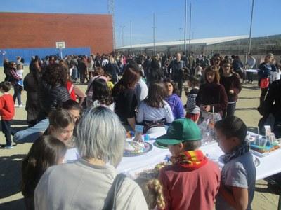Rotund èxit de participació de la 4a Mostra de mones casolanes de l'escola Circell de Moja