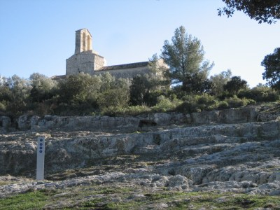 S'enllesteix el projecte que oferirà un itinerari accessible fins a l'església del castell