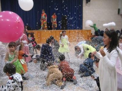 Sant Miquel viu un animat Carnaval Infantil