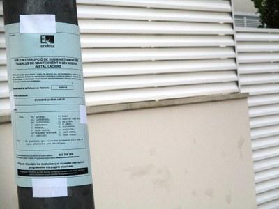 Imatge d'arxiu d'un cartell informatiu d'ENDESA al municipi