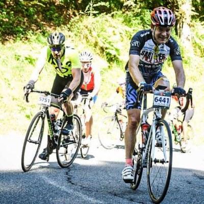"""Tres ciclistes del club de Sant Pere Molanta han participat en la """"Quebrantahuesos"""""""