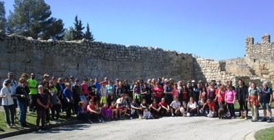 Un centenar de persones en l'estrena de la ruta dels Castells de Marca