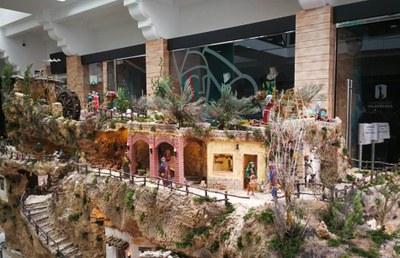 Un fuster d'Olèrdola, Jordi Álvarez, ha elaborat un pessebre artesanal de grans dimensions que ara s'exposa a Cal Figarot de Vilafranca