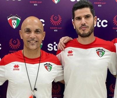 Andrés Carrasco(a l'esquerra) amb el també penedesenc David Rodríguez, preparador físic de la selecció