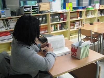 La biblioteca de l'escola Rossend Montané de Sant Pere Molanta obre al públic una tarda a la setmana