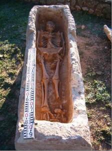 S'identifica a Sant Pere Molanta la primera sepultura visigòtica trobada al Penedès