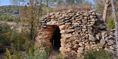 Ruta de  barraques de pedra seca, a Can Trabal